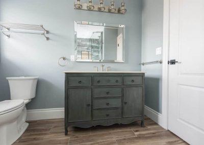 Gadoury Carpentry and Contracting Bathroom Renovation4
